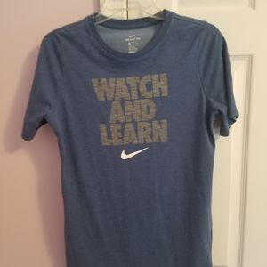 Nike t-shirt, boys size XL